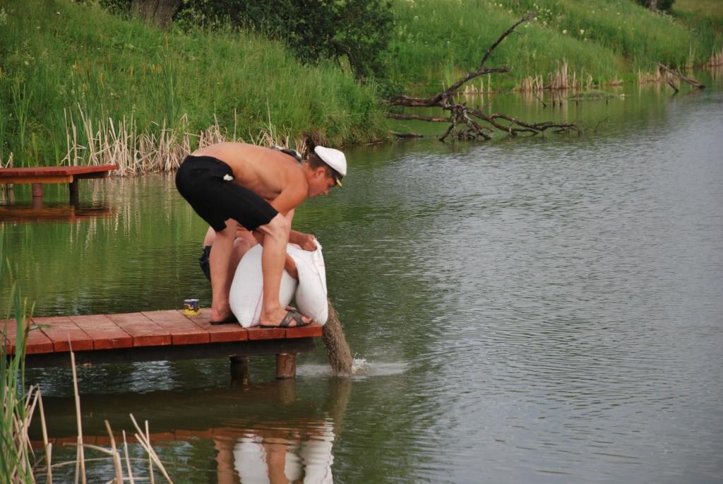 прикормка для пруда своими руками